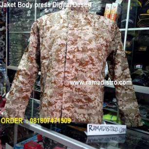 Jaket bodypress Digital desert